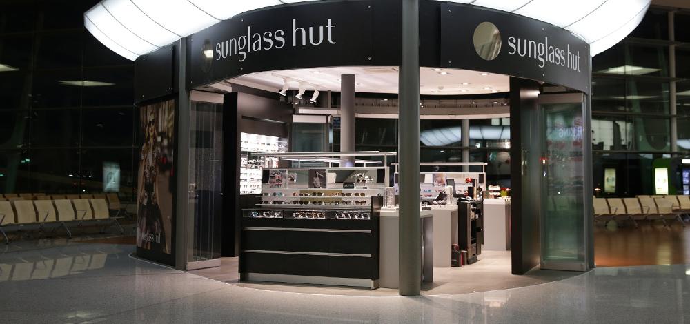 Sunglass Hut Porto Airport