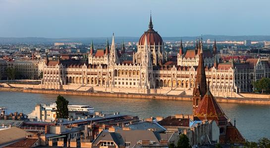 Budapest_Parliament_545_X_300