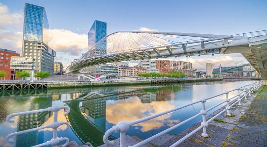 Volotea_Bilbao_545_X_300